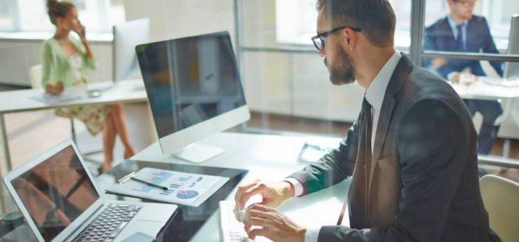 L'insuffisante sensibilisation du personnel aux questions de cyber-sécurité